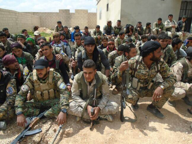 Manbij Military Council Sends 200 Fighters To Support SDF Advance On Tabqa (Photos)