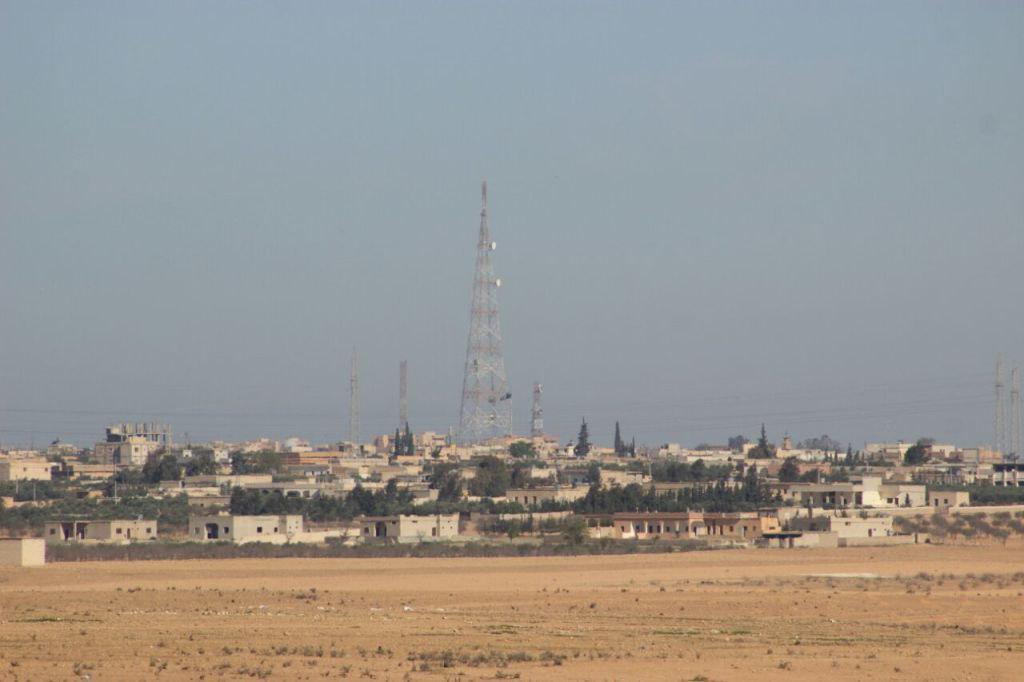 Syrian Democratic Forces Besiege Tabqa. US Troops Ambush ISIS Near Dir Ez Zor