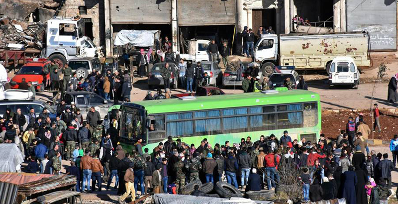 Over 5,000 Inhabitants Evacuated from Idlib to Aleppo