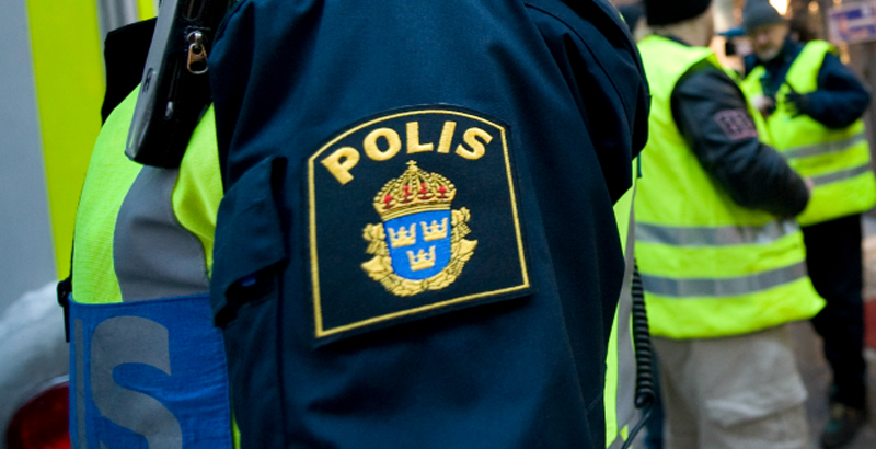 Asylum Seeker Attacks 3 Swedish Female Police Officers (Video)