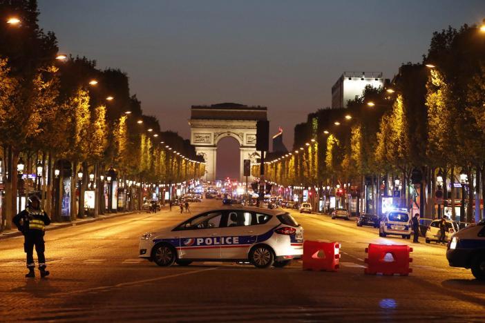 Policeman Killed In Shooting In Paris