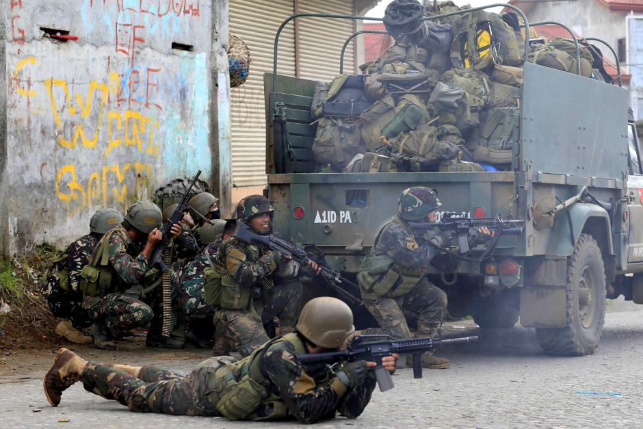 Philippines Military Launched Airstrikes On ISIS-held Part of Marawi