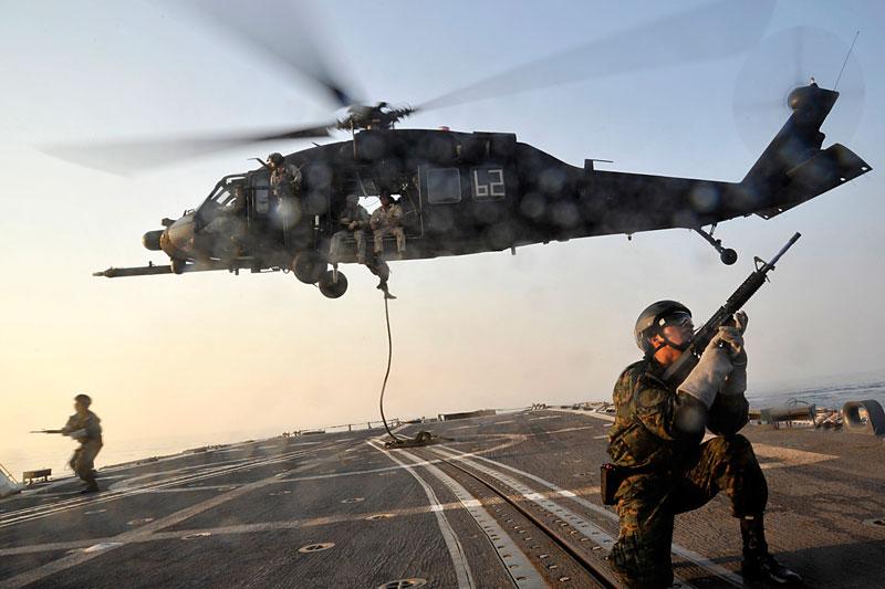 US Navy SEAL Team Conducts Raid In Yemen, Kills 7 Militants