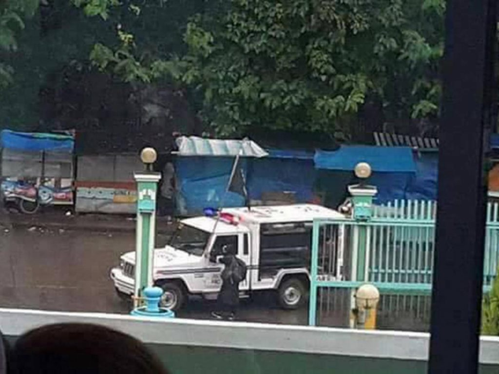 Philippines Army Clashing With ISIS Militants On Marawi City Streets - Photos