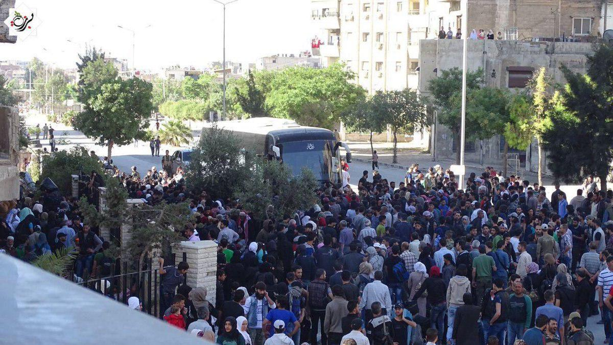 Evacuation Of Militants From Tishreen Area In Eastern Damascus Begin