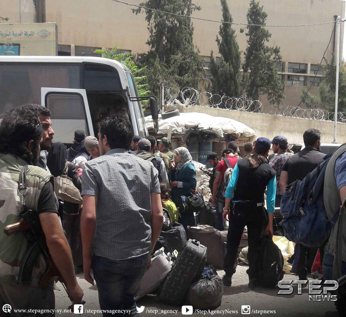 2289 Civilians And Militants Evacuated From Eastern Damascus To Idlib