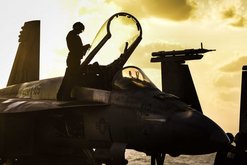 US-led Coalition Carried Out Airstrikes On Syrian Army Convoy Advancing Towards Iraqi Border