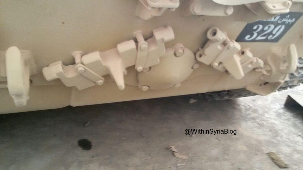 "ISIS tanks from the ""Workshop"" to the ""Farm"" - Big Photo Report"