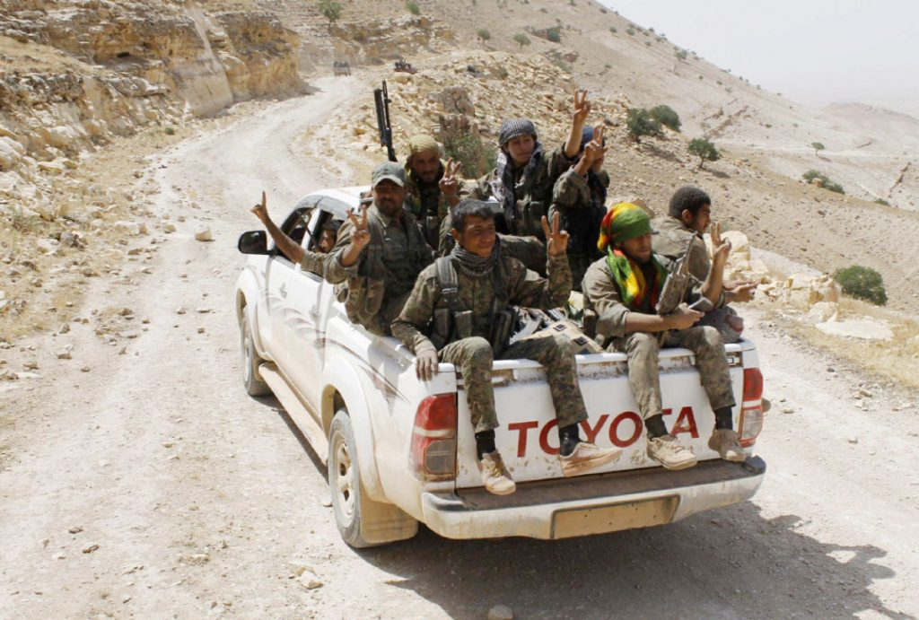 Syrian Democratic Forces Deployed At Eastern Entrance To Raqqa