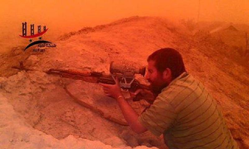 デリゾールで政府軍撃退大ISISアタック(ビデオ、写真)