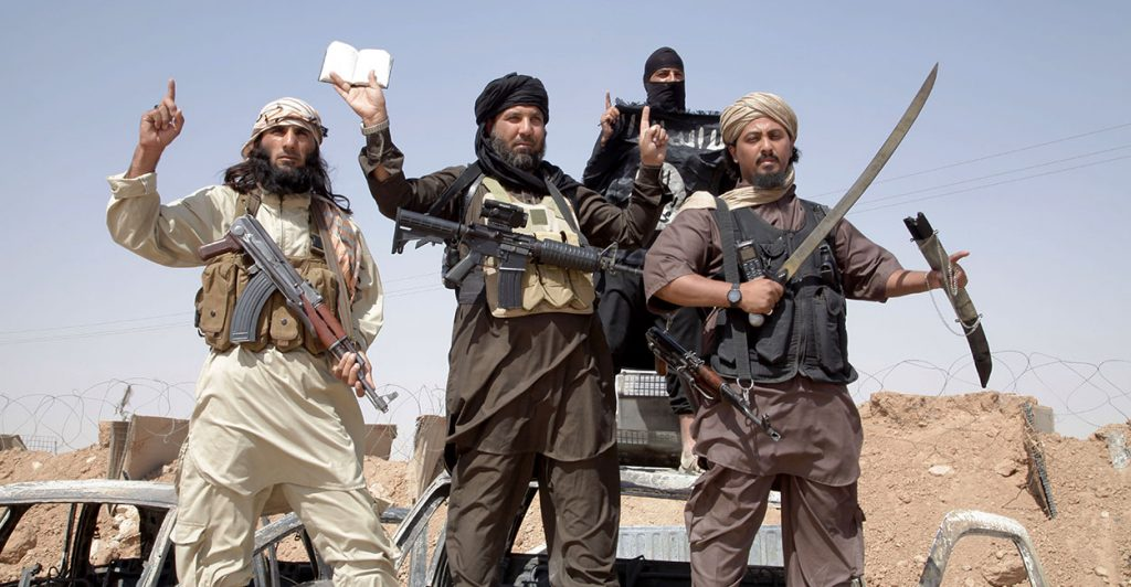 ISIS Transfers Its Commanders and Headquarters To Al-Mayadeen City