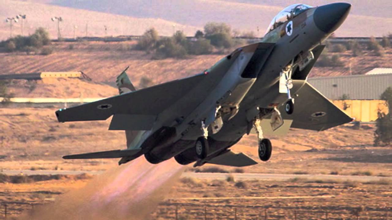 Isreali Air Force Strikes Syrian Army Artillery Pieces And Battle Tanks In Quneitra Province