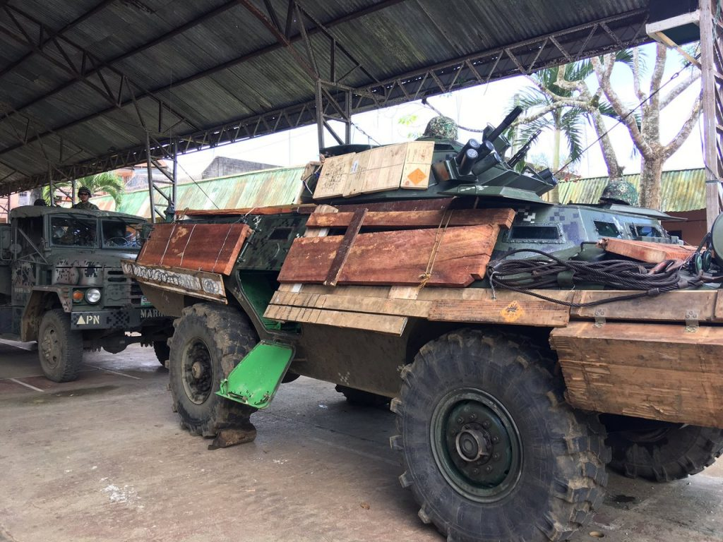 Self-Made Outside-Mounted Defenses For Philippine Army Armoured Veheicles In Marawi - Photos