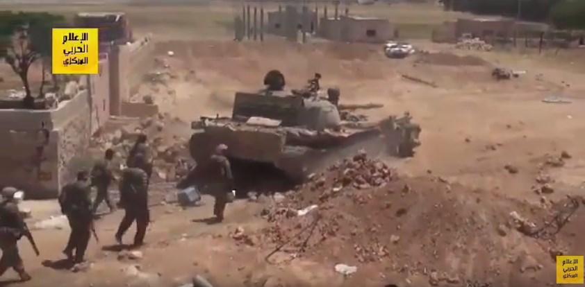 ビデオ:タイガー軍はRaqqah省ではISISに反し推進