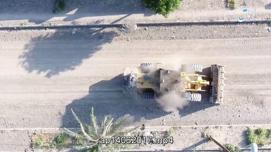 Syrian Democratic Forces Captures Al-Sinaa District In Raqqah City (Video, Photos)
