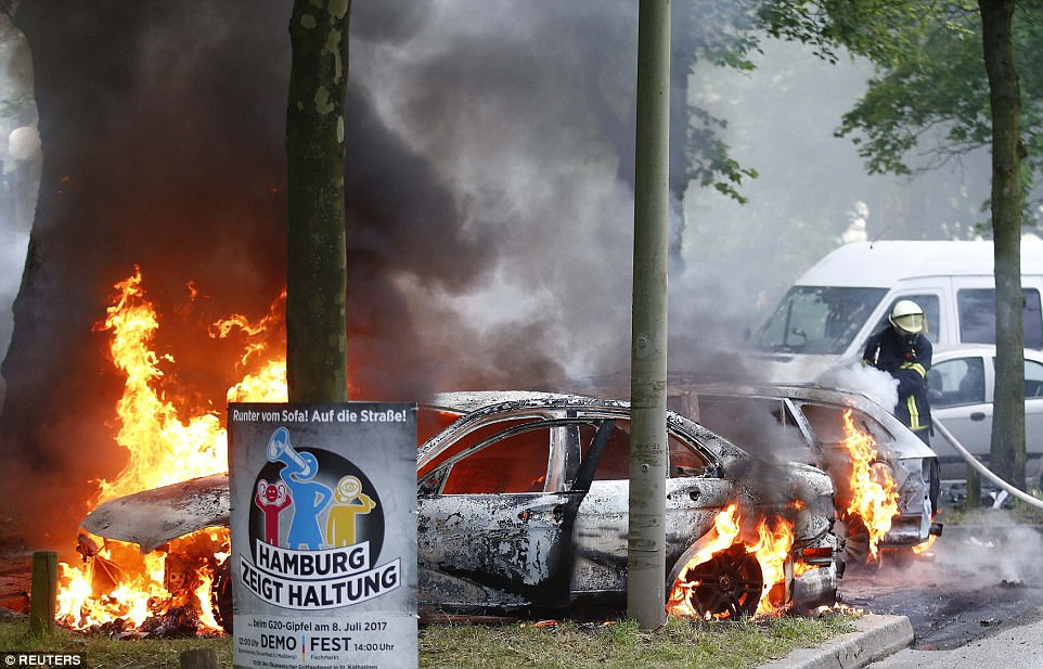 Violence Rages In Hamburg As G20 Summit Kicks Off (Videos)