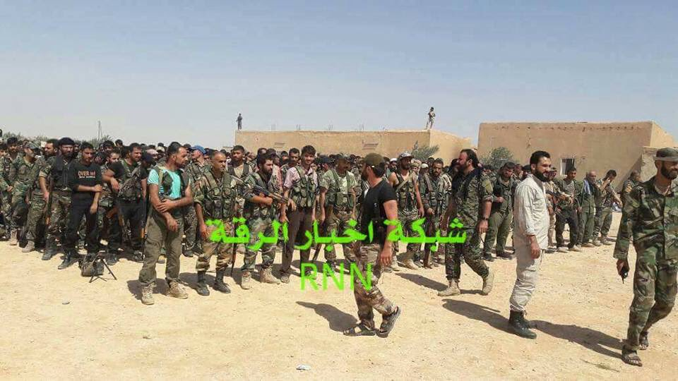Photo Confirmation: Tiger Forces Fighters In Ukayrshah And Dahlah Villages Near Euphrates River In Raqqah Province