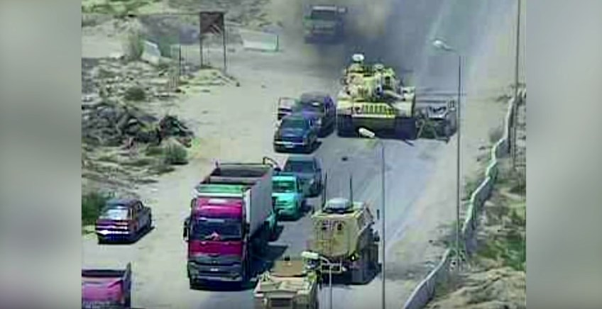 Video: Egyptian Battle Tank Crushes VBIED Trying To Detonate At Army Checkpoint