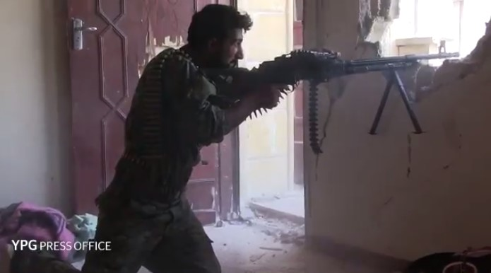 SDF Captures More Areas In Center Of Raqqa (Videos)
