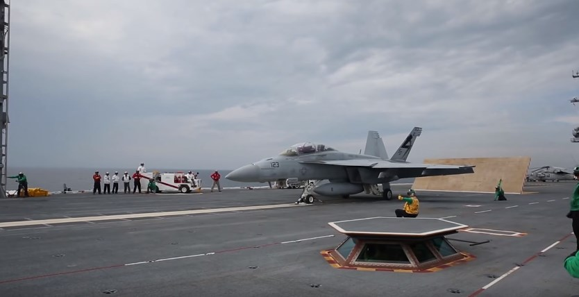New US Gerald R. Ford-class Aircraft Carrier Successfully Conducts First Flight Operations (Videos)