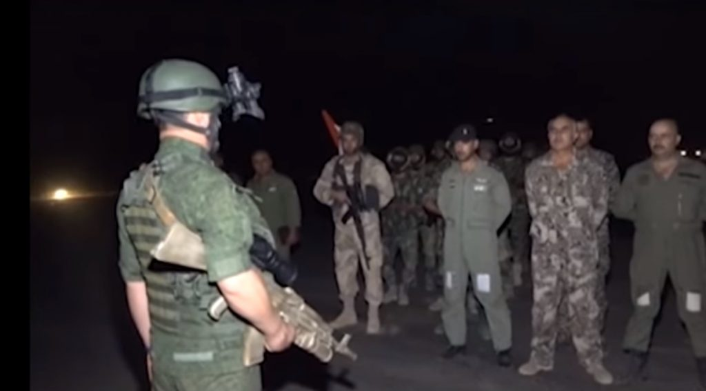 Russian Military Advisors Assisted Syrian Amry Airdrop Operation Behind ISIS Defense Lines