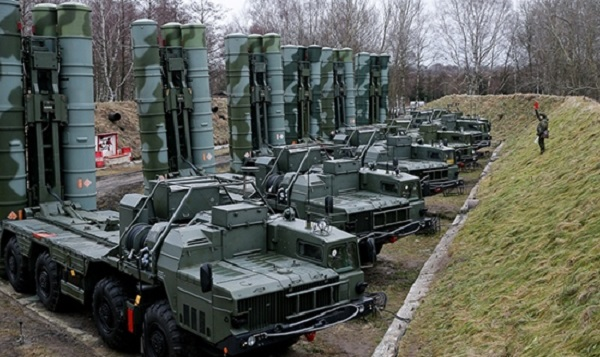 Turkey Faces Threats For Inking Landmark Arms Deal With Russia