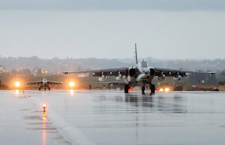 Russia Increases Airstrikes Against ISIS As Syrian Army Develops Momentum Near Deir Ezzor