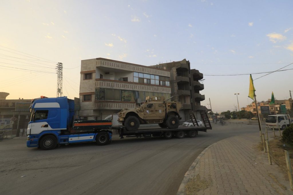 SDF Moves More Military Equipment To Deir Ezzor Frontlines (Photo)