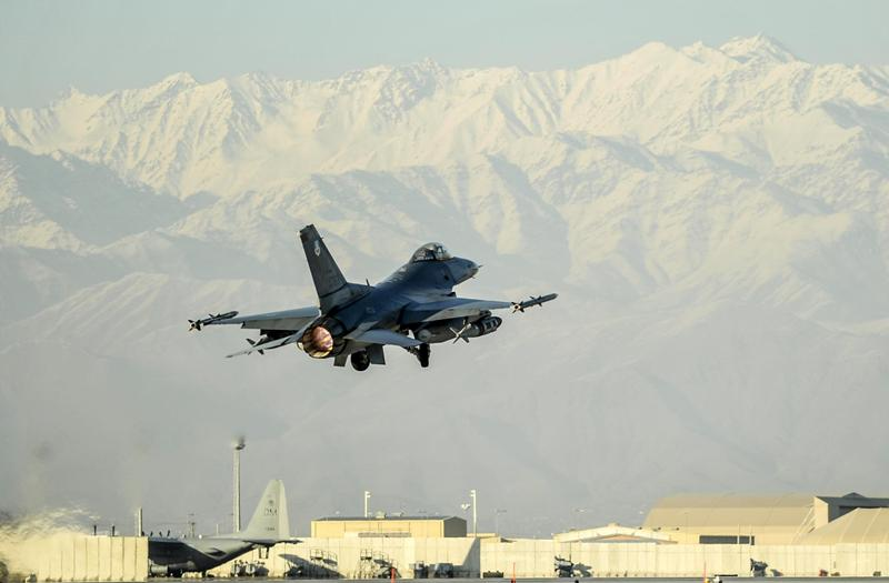 US Air Strikes Killed 35 ISIS Fighters In Afghanistan. Army Prepares Another Operation Against Taliban