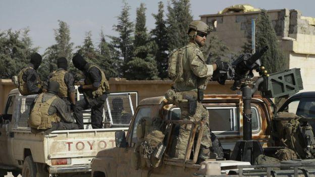 """""""Retrait des troupes"""" à la mode américaine: le Pentagone prévoit de maintenir des forces spéciales en Syrie"""