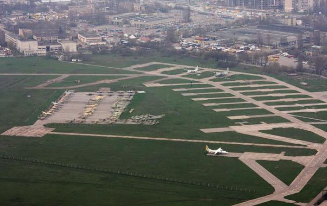 """40 """"Unidentified Persons"""" Raided Ukrainian Military Airport In Odessa"""