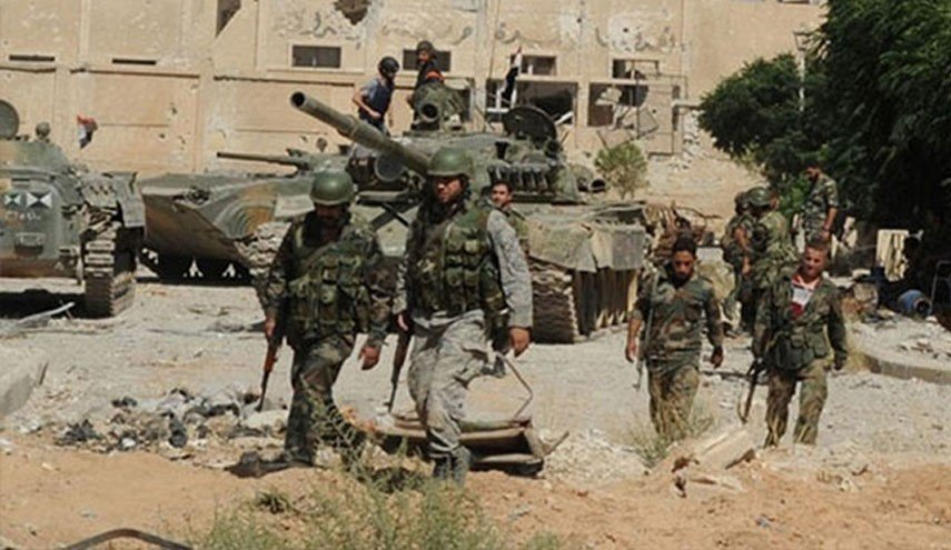 Syrian Army Clashing With ISIS Cells Inside Al-Qaryatayn Town In Eastern Homs