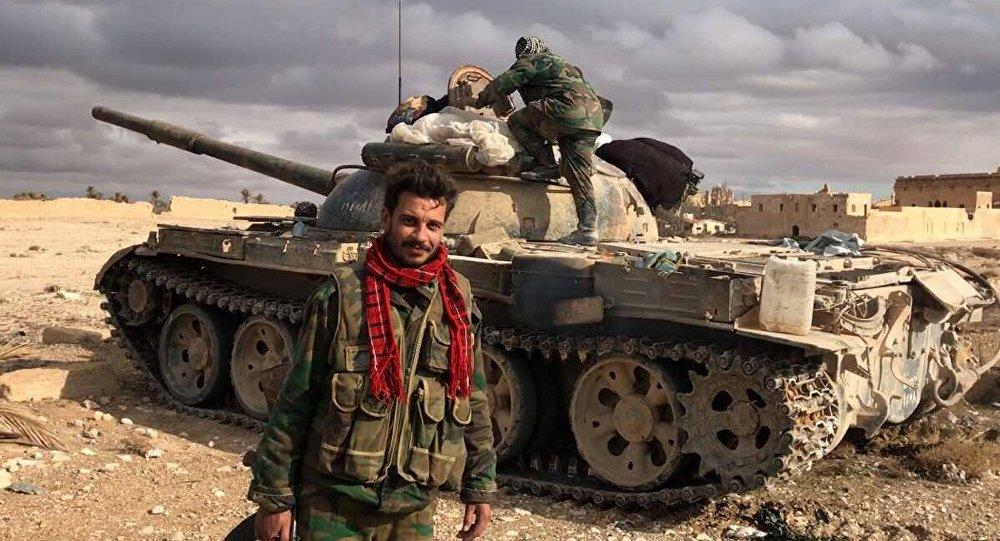 シリア軍は唯一の2キロユーフラテス川渓谷でMayadinのISISストロングからです