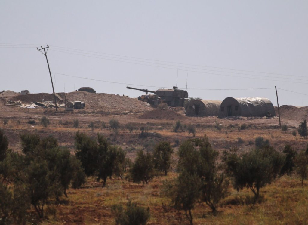 Video: Turkish Leopard Battle Tanks Moving To Border With Syria's Idlib Province