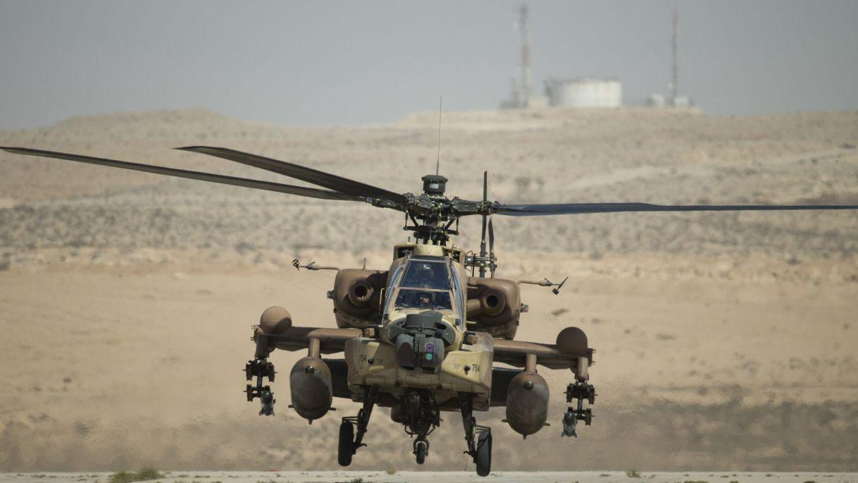 Izraelské Vrtuľníky Útoku Vojenských Pozícií V Južnej Sýrii
