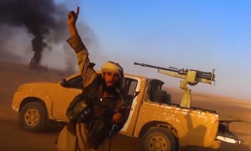 ISIS、中央シリアで390人の兵士が死亡した