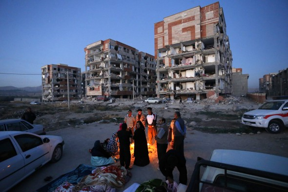 Earthquake Rocked Iraq-Iran Border Region, More Than 350 Dead And Nearly 6000 Injured