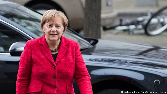 Merkel Tanks In German Polls As Critical Discussions Take Place With SPD