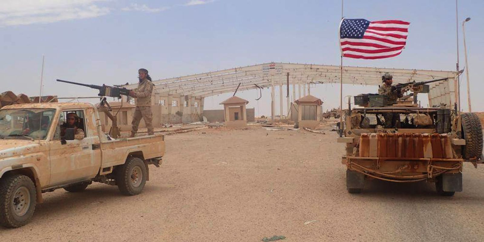Breaking: US-led Coalition Attacks Syrian Military Outpost Around Al-Tanaf