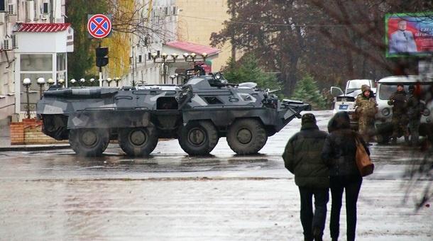 Internal Tensions Grow In Self-Proclaimed Republics In Eastern Ukraine. 'Unidentified' Troops Deployed In Lugansk (Video, Photos)