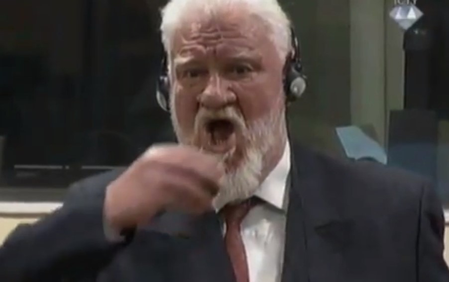 """""""I'm not a war criminal"""": Bosnian Croat General Drinks POISON During Appeal Hearing At The Hague"""