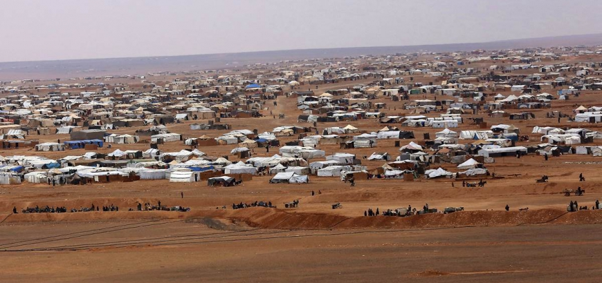 Refugees From US-held Area Of al-Tanaf Declare Support To Syrian Army, Seek To Return To Government-held Area