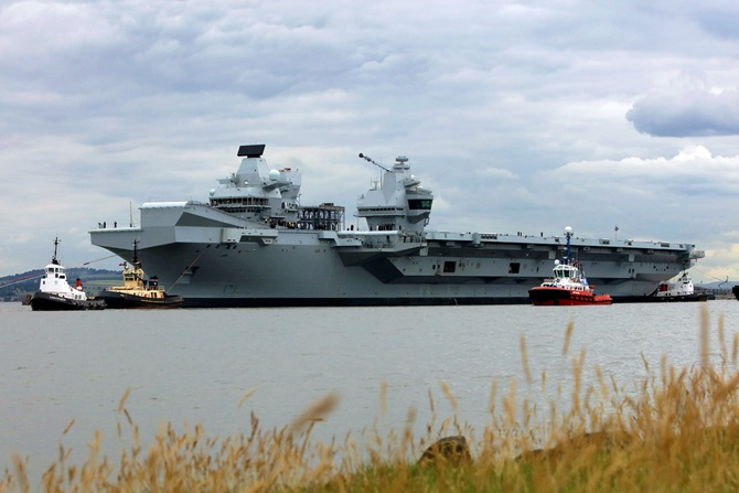 British Supercarrier HMS Queen Elizabeth Officially Joined Royal Navy (Photos)
