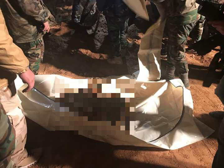 Army Discovers Two Mass Graves Of Civilians And Soldiers In Western Raqqa Countryside (Photos)