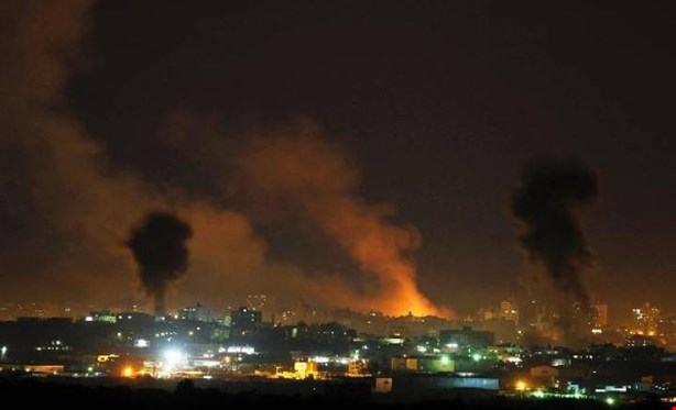 Israeli Air Force Bombs Several Positions Of Hamas Movement In Gaza Strip (Video)