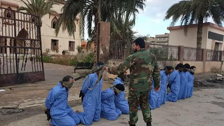 41 muertos en doble cinta ataque terrorista en Bengasi de Libia (videos)