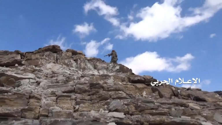 Close Combat Footage: Houthis Successfully Storm Fortified