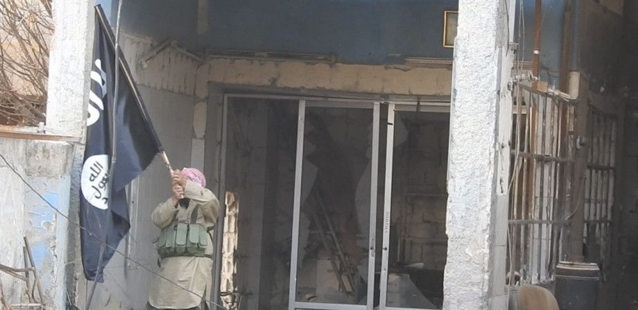 ISIS Advances In Southern Damascus, Captures More Positions Inside Yarmouk Camp