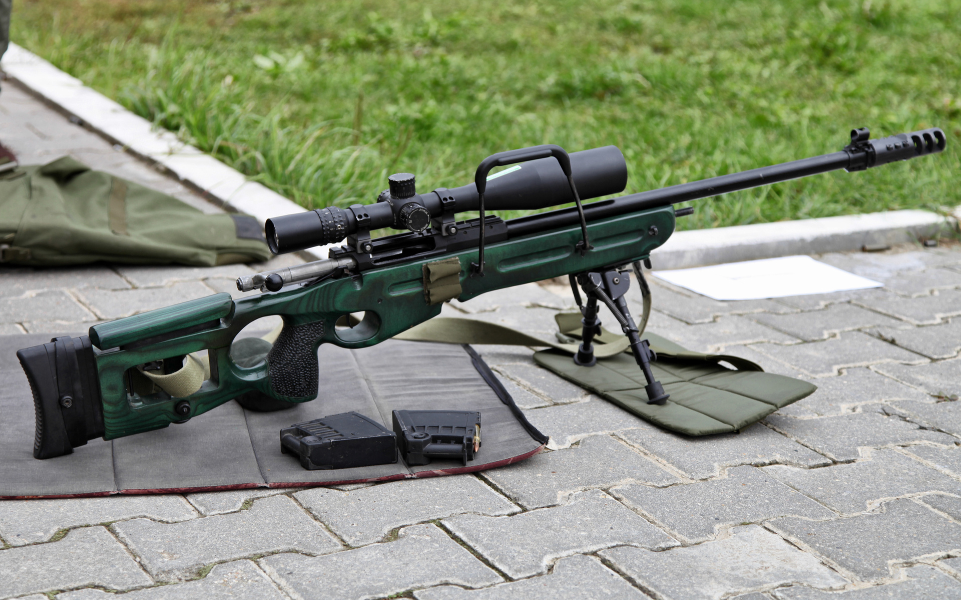 Production of Russian large-caliber sniper rifle OSV-96 began in Vietnam 68