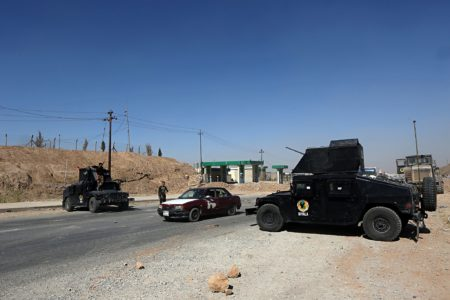 ISIS Kills Ten Iraqi Fighters South Of Mosul. Security Forces Respond